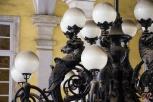 Deattglio del favoloso lampadario.